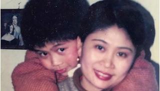Không thể sống tiếp chờ con trai mất tích 22 năm trở về, mẹ để lại giác mạc nơi trần gian