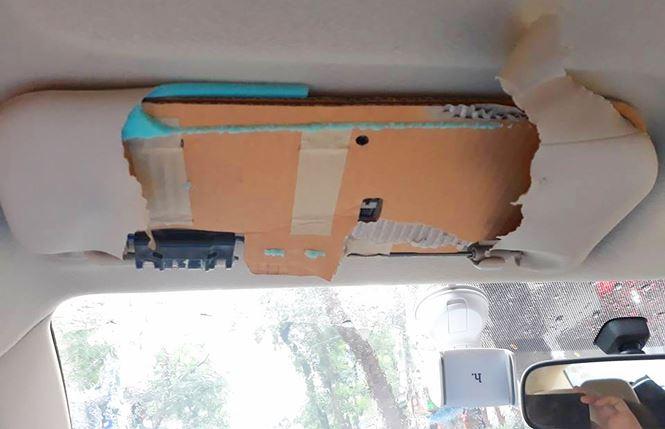 Khách tá hỏa phát hiện tấm chắn nắng xe Toyota làm từ bìa carton