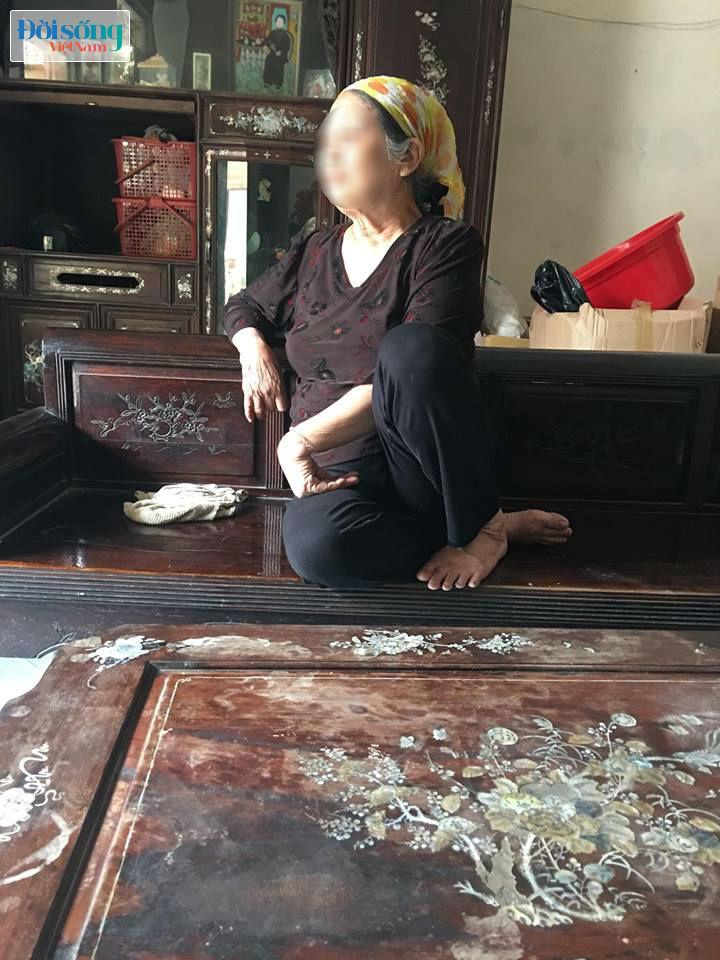 Bố mẹ thầy giáo dâm ngỡ ngàng khi con mình bị bắt vì dâm ô trẻ em