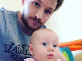 Chồng cũng trầm cảm vì vợ sinh con, thấy cuộc đời mình như bị 'hủy hoại'