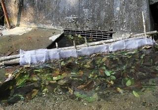 Đột nhập nơi cung cấp nguồn nước 'sạch' cho khu tái định cư Tân Lập