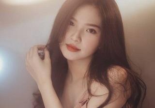 Cô gái Sài Gòn khoe vẻ đẹp trong trẻo 'đốn tim' nhiều chàng trai