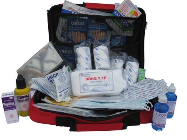 các loại thuốc cần chuẩn bị khi đi du lịch 5