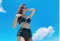 Diễn viên Midu diện bikini khoe vòng 1 nóng bỏng
