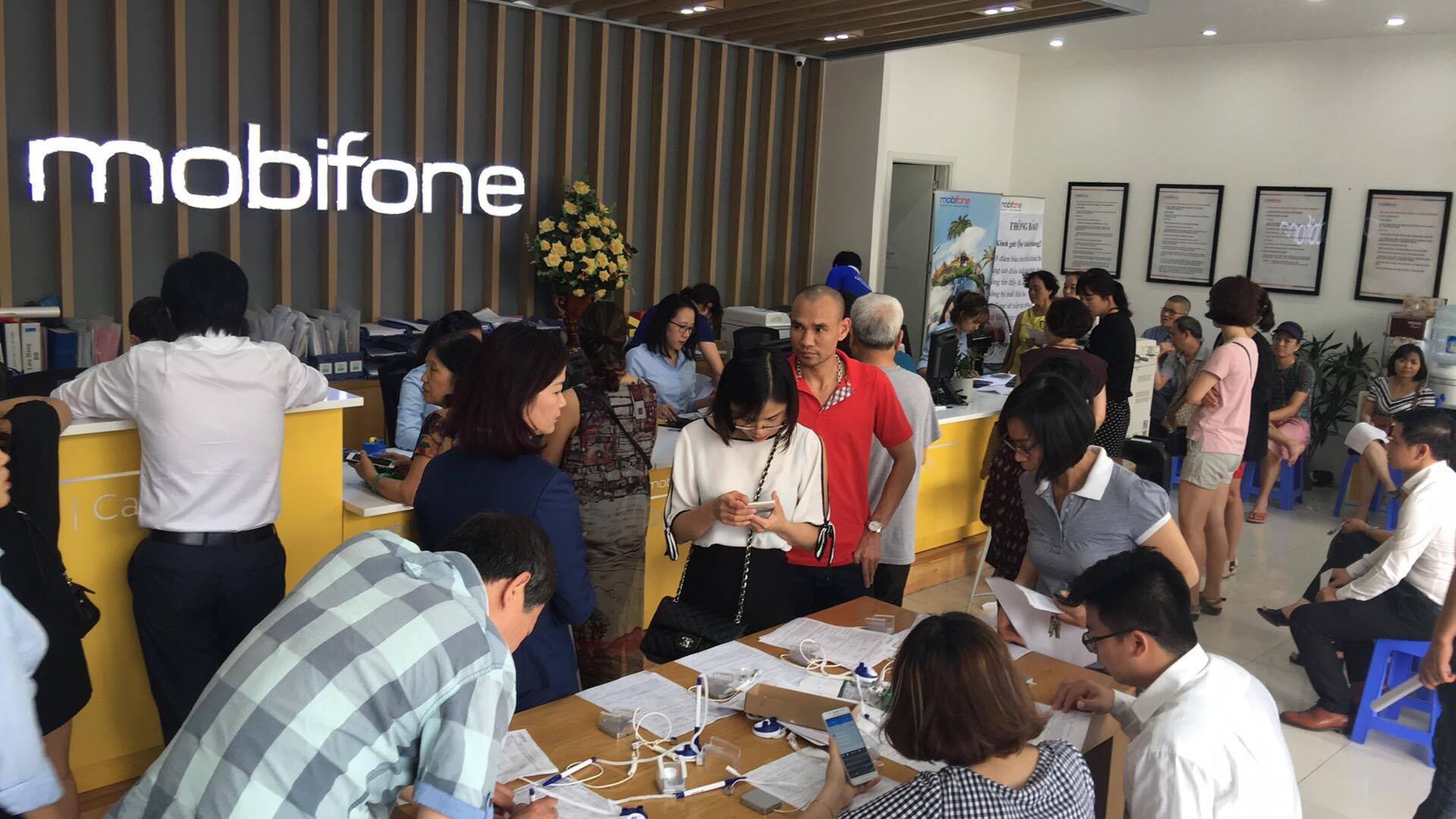 Nhà báo Đặng Vỹ có cơ hội thắng kiện nhà mạng Mobifone