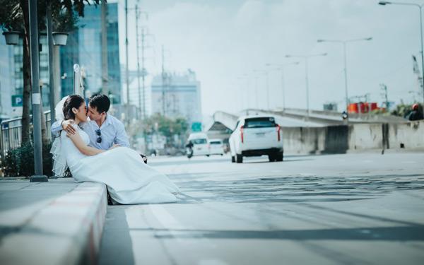Yêu từ cái nhìn đầu tiên, chàng cưa đổ và hỏi cưới nàng sau 30 ngày7