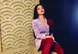 Những màn debut làm ca sĩ ồn ào nhất của sao Việt