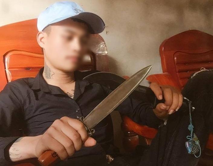 Những dòng trạng thái trên Facebook cá nhân hung thủ dùng dao sát hại bạn gái2