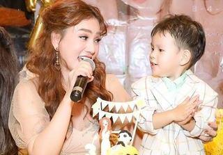 Chia tay chồng đại gia sau 17 năm gắn bó, Thu Thủy ngộp thở khi nghe con trai hát về cha