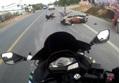 Clip: Va chạm với ô tô, 3 người trên xe máy bị hất văng xuống đường