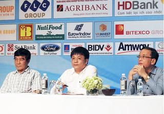 Họp báo bốc thăm chia bảng giải bóng đá Press Cup 2018 khu vực Hà Nội