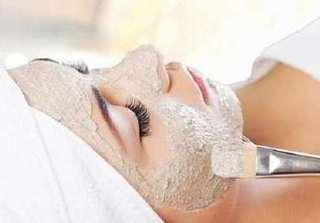 Đắp mặt nạ bột yến mạch theo cách này, làn da không bắt nắng mà trắng sáng mịn màng
