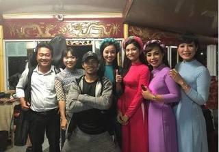 Thêm 1 cô gái tố Phạm Anh Khoa khóa tay, ép vào tường để tấn công tình dục