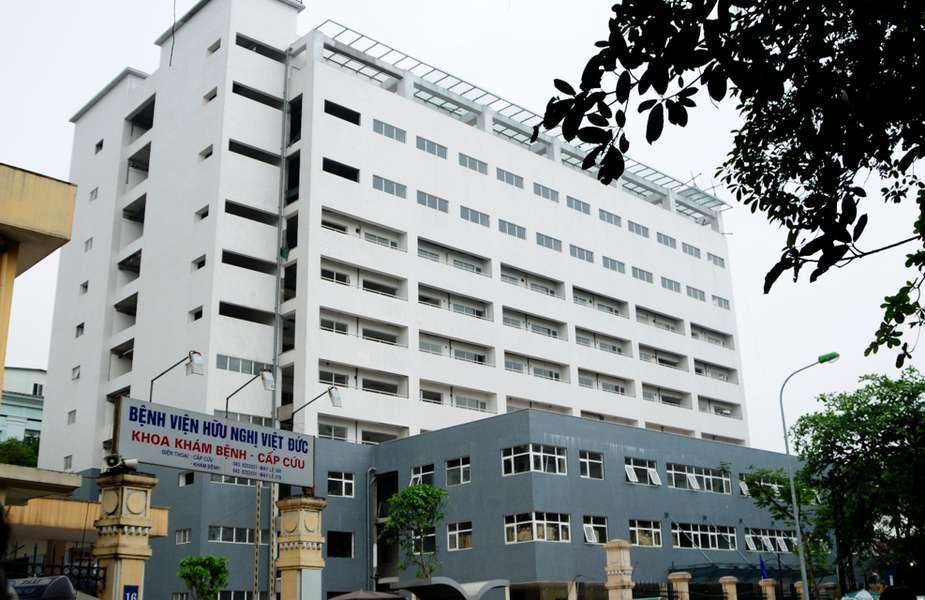 khám miễn phí cho trẻ em ở khoa nhi bệnh viện việt đức 2