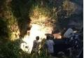 Xe công nông chở 6 học sinh lao xuống suối, 3 em tử vong tại chỗ