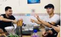 Sau đại chiến, sao CLB HAGL rủ sao Hà Nội FC thưởng thức đặc sản Việt Nam