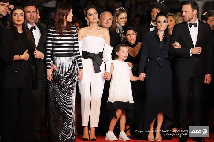 Lý Nhã Kỳ nói gì khi bộ phim cô đồng sản xuất bị chê ở Cannes?