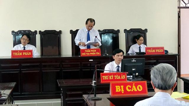 Tòa tối cao xem xét vụ Nguyễn Khắc Thủy dâm ô trẻ em