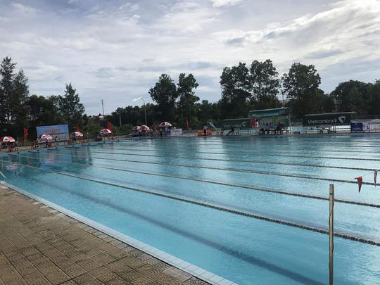 Học sinh lớp 1 đuối nước thương tâm ở bể bơi của người lớn