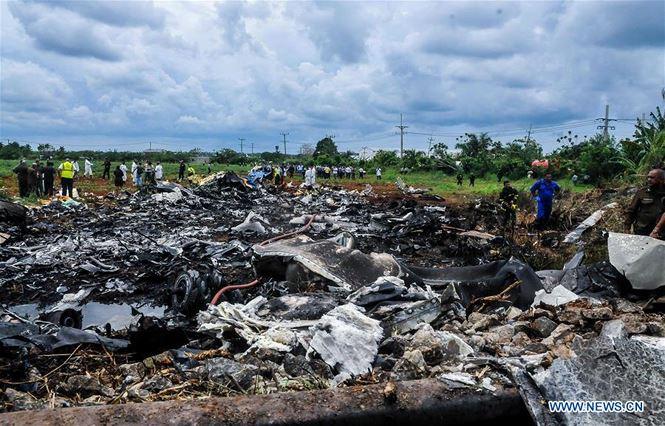 Cuba: Máy bay 'cố tránh nhà và trường học trước khi đâm xuống đất' - ảnh 2