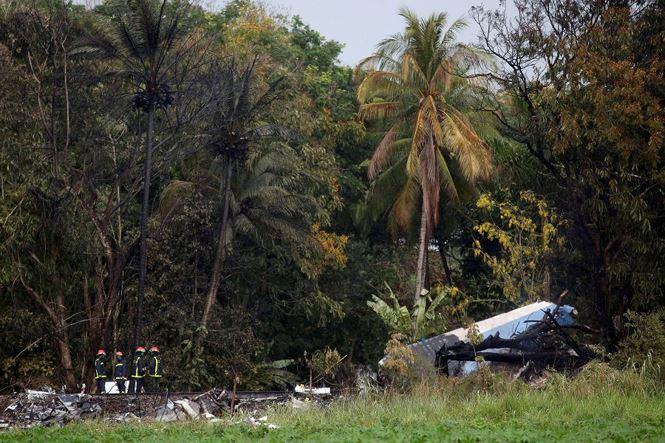 Cuba: Máy bay 'cố tránh nhà và trường học trước khi đâm xuống đất' - ảnh 3