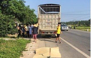 Nghệ An: Thai phụ bị xe tải tông tử vong trên đường đến bệnh viện chờ sinh