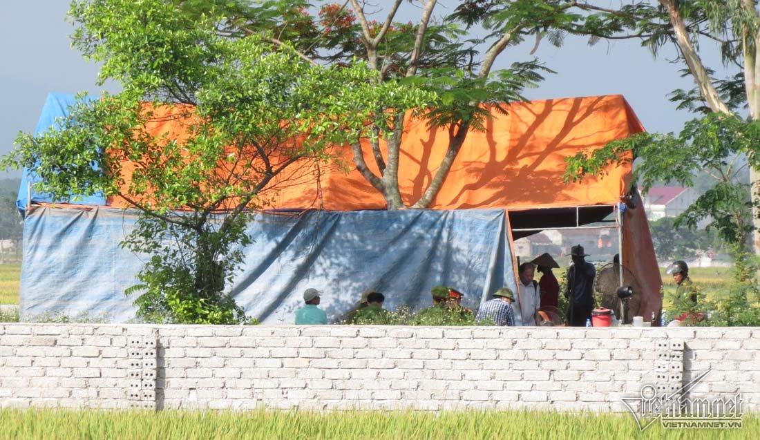 Khai quật tử thi nữ kế toán ở Nghệ An để điều tra lại 4