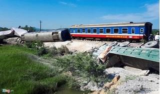 Yêu cầu khởi tố vụ lật tàu hỏa kinh hoàng ở Thanh Hóa