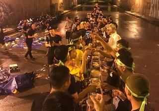 Sự thật đằng sau bức ảnh nhóm phượt mở tiệc giữa đường hầm gây bức xúc
