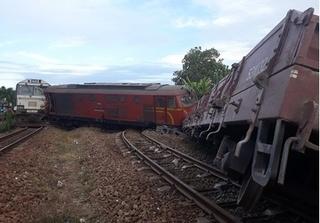 Hàng loạt cán bộ đường sắt bị đình chỉ sau 5 vụ tai nạn tàu liên tiếp
