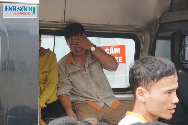 Nỗi đau quá lớn khiến người đàn ông này không thể kìm chế cảm xúc