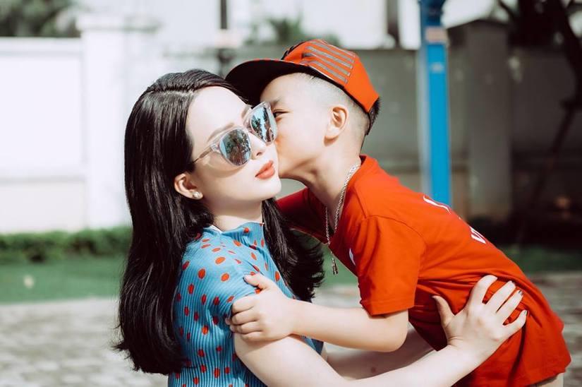 Diễn viên Võ Thanh Hiền dạy con bằng tình yêu thương hơn là đòn roi4