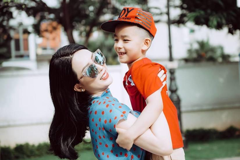 Diễn viên Võ Thanh Hiền dạy con bằng tình yêu thương hơn là đòn roi