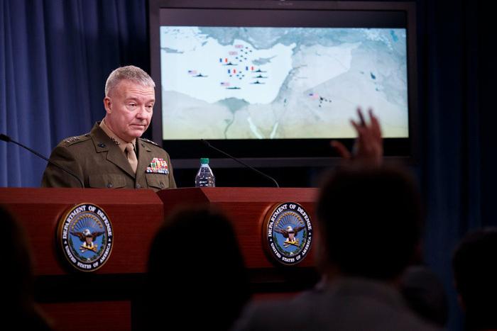 Mỹ cảnh báo cho nổ tung' đảo nhân tạo Trung Quốc xây trái phép