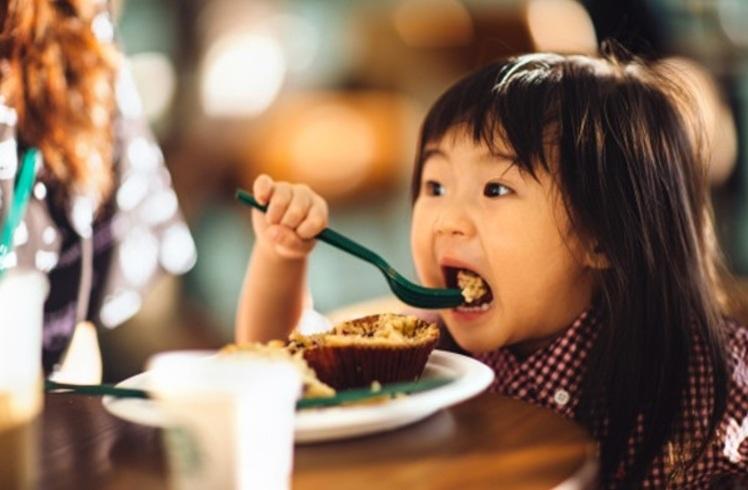 Thực phẩm mẹ không nên cho con ăn sáng để luôn khỏe mạnh2