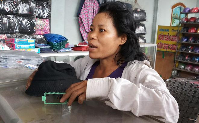 Người phụ nữ nhặt tiền rơi: Tôi nói mọi người trả lại nhưng họ bỏ túi đi mất