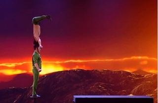 Video: Cú nhảy thần sầu của Quốc Cơ - Quốc Nghiệp tại Britain's Got Talent