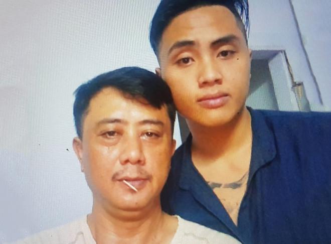 Thanh niên bị bắn chết ở Sài Gòn: Tấm ảnh duy nhất chụp cùng cha