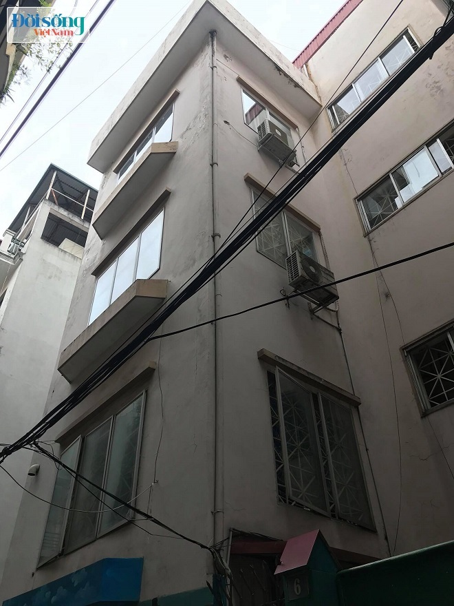 Ngôi nhà 4 tầng nơi xảy ra sự việc