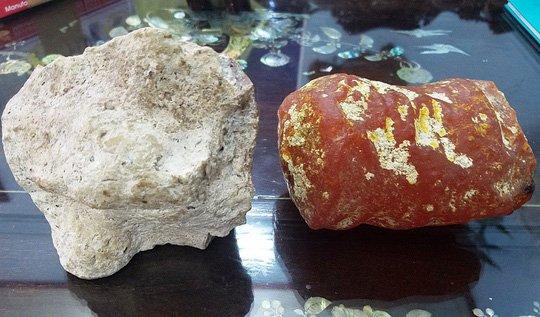 Hai viên đá kỳ lạ thương gia trả giá 5 tỷ không bán