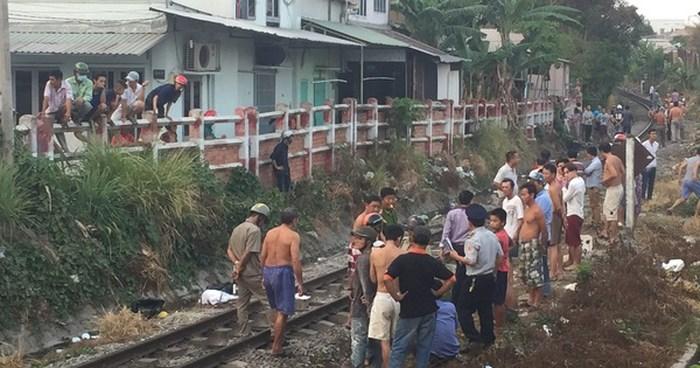 Thanh Hóa: Thanh niên bất ngờ lao vào đoàn tàu, tử vong