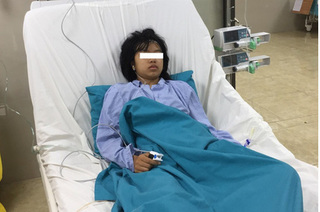 Bé gái suýt nguy kịch tính mạng  vì mẹ cho truyền dịch tại nhà
