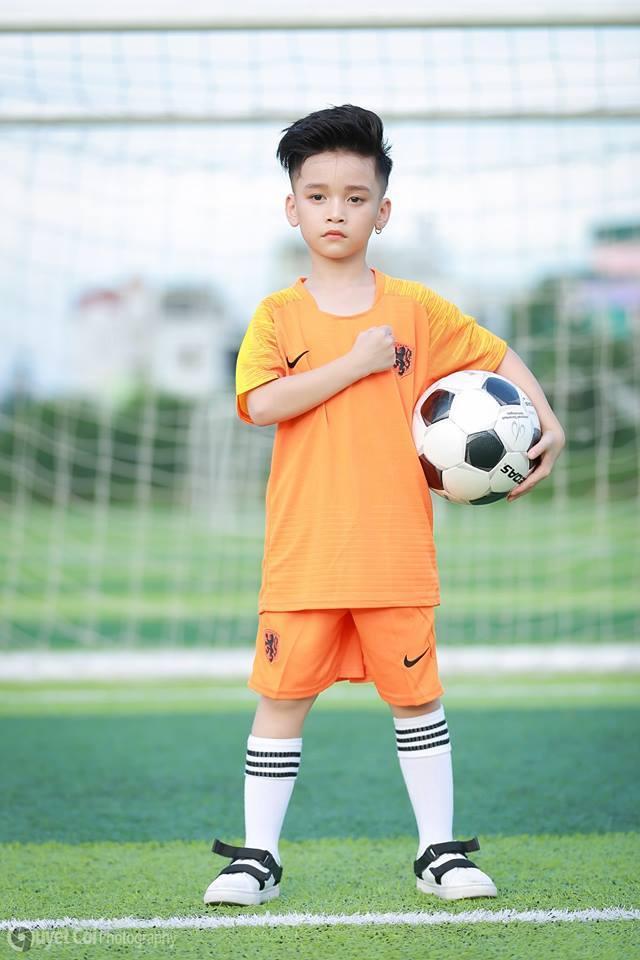Mẫu nhí Hữu Nhật, World Cup