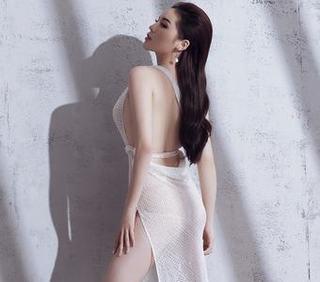 Hoa hậu Kỳ Duyên táo bạo khoe đường cong nóng bỏng với đầm xuyên thấu