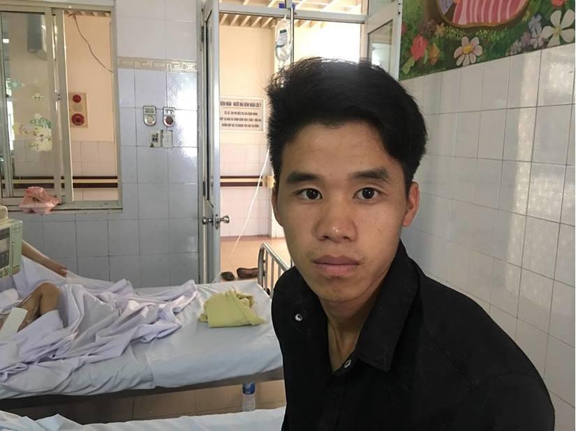 Lào Cai: Ngã vào đống rấm, bé trai 4 tuổi bị bỏng nặng3