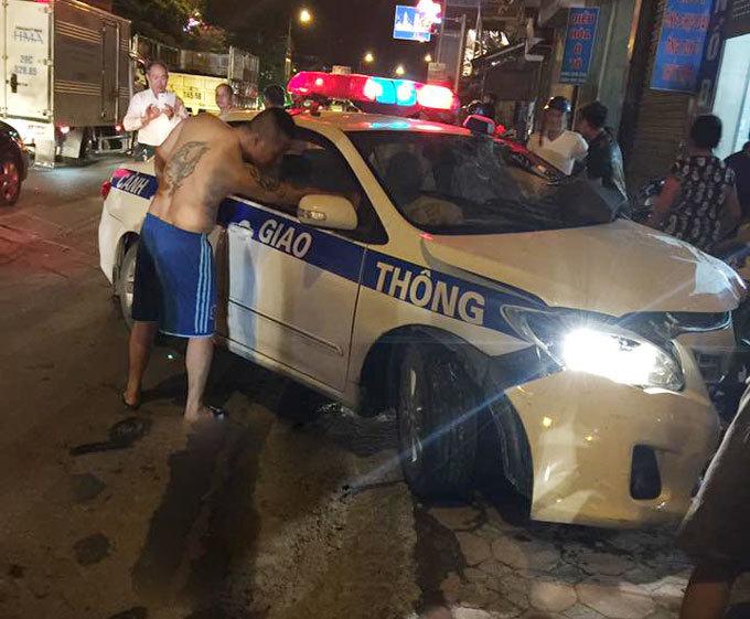 Quảng Ninh: Xe ô tô của CSGT va chạm xe máy, một người tử vong