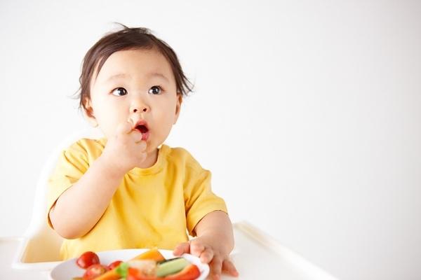 Cho trẻ ăn quả vải đúng cách để hấp thu tối đa dinh dưỡng