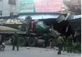 Nghệ An: Xe đầu kéo tông vào nhà dân giữa đêm, nhiều người may mắn thoát nạn