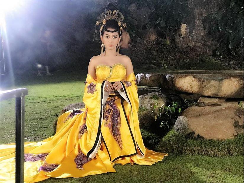 Lâm Khánh Chi được bố mẹ cho 500 triệu đồng làm MV cổ trang