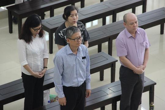 Em trai ông Đinh La Thăng được giảm án 2 năm tù